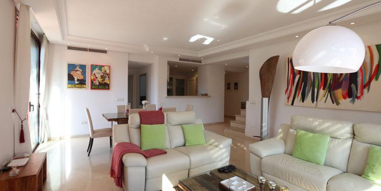duplex-penthouse-menara-beach-norwegian-estates-22