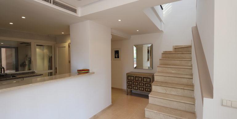 duplex-penthouse-menara-beach-norwegian-estates-24