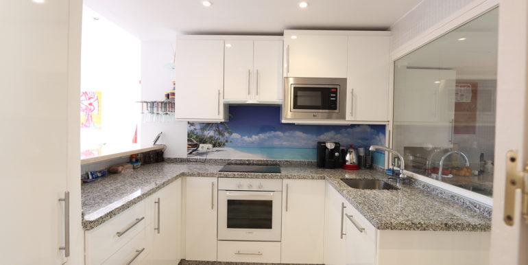 duplex-penthouse-menara-beach-norwegian-estates-25