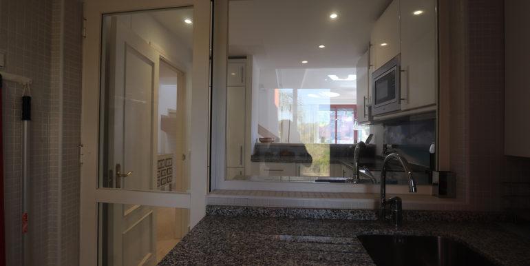 duplex-penthouse-menara-beach-norwegian-estates-3