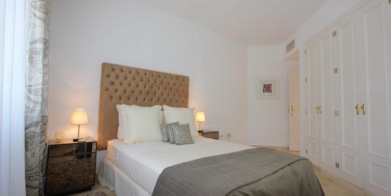 duplex-penthouse-menara-beach-norwegian-estates-36