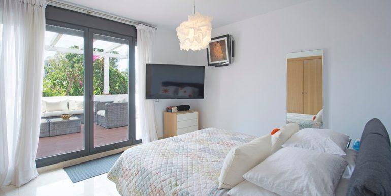 luxury-villa-nueva-andalucia-norwegian-estates-16
