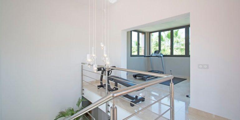 luxury-villa-nueva-andalucia-norwegian-estates-18