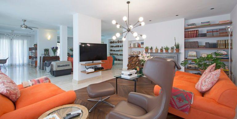 luxury-villa-nueva-andalucia-norwegian-estates-5