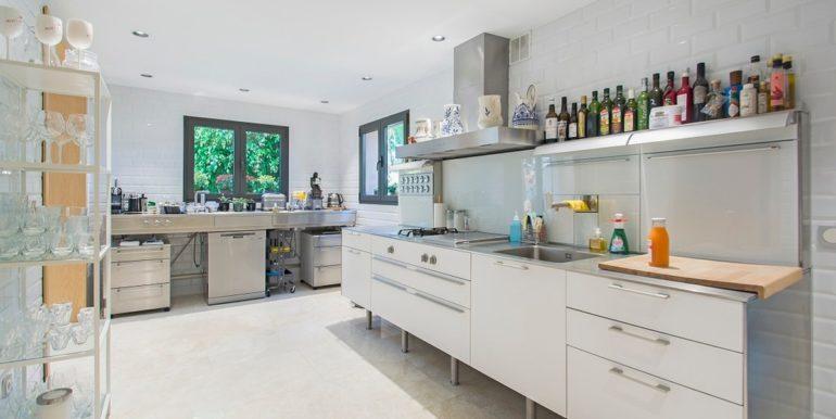 luxury-villa-nueva-andalucia-norwegian-estates-7