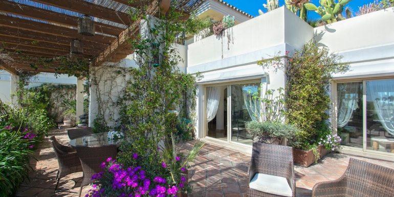penthouse-nueva-andalucia-norwegian-estates-2