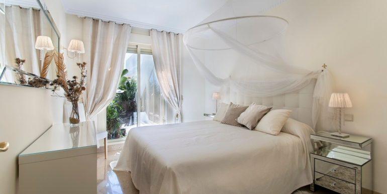 penthouse-nueva-andalucia-norwegian-estates-9