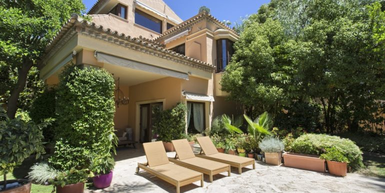 villa-golden-mile-marbella-norwegian-real-estates-2