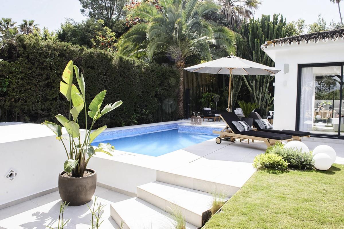 4 Bedrooms Villa in the Golf Valley Nueva Andalucía