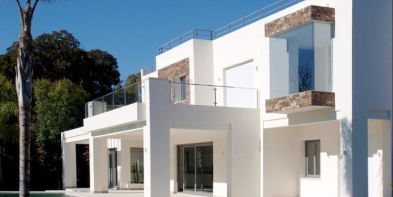 modern-villa-in-casasola-norwegian-real-estates-1