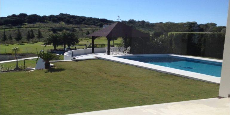 villa-golf-el-paraiso-norwegian-estates-3