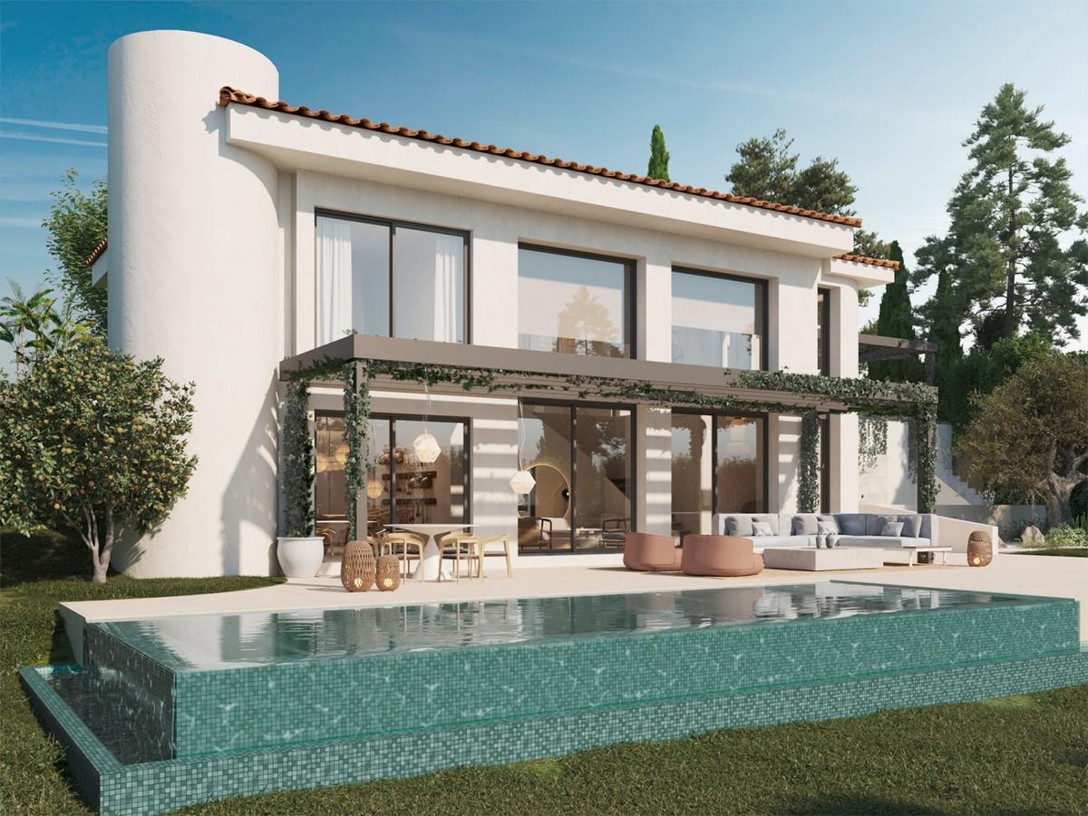 Villa de lujo en primera línea de golf en Guadalmina Alta