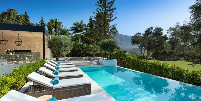 villa-aloha-norwegian-real-estate-1