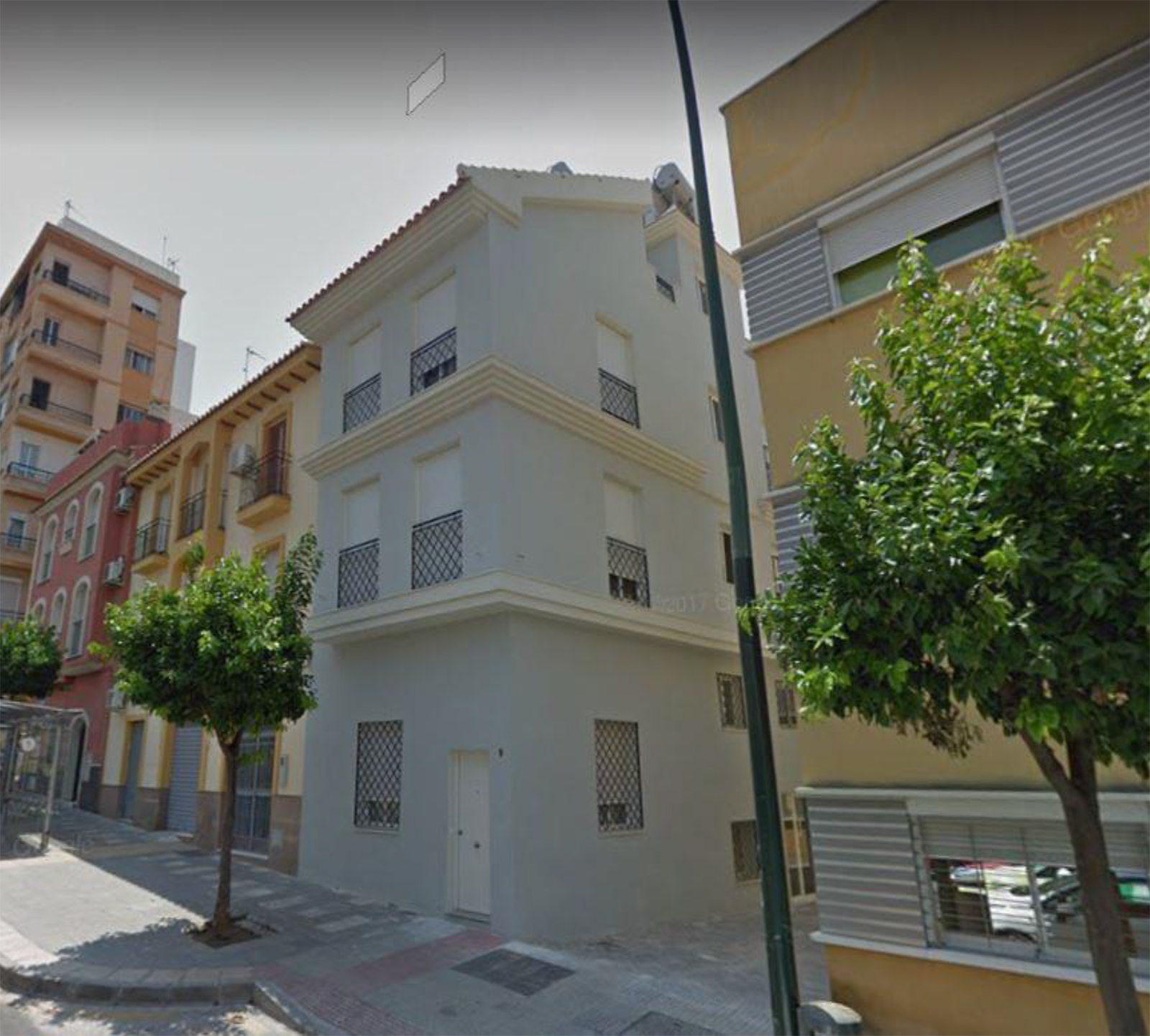 Building with 6 furnished studios located in the center of Malaga
