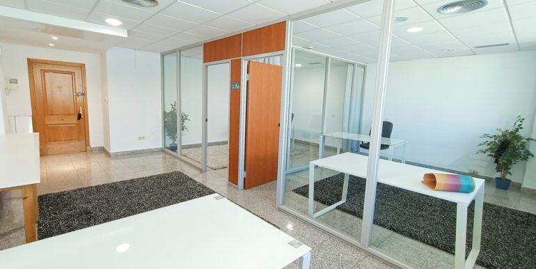 office-puerto-banus-norwegian-estates-3