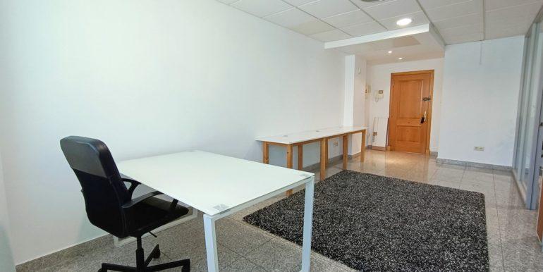 office-puerto-banus-norwegian-estates-5