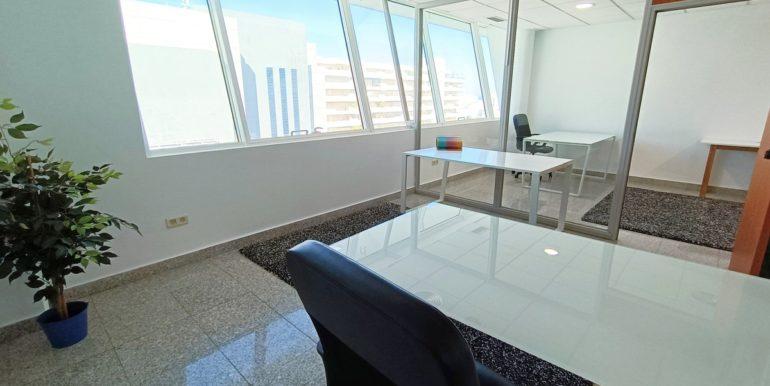 office-puerto-banus-norwegian-estates-7