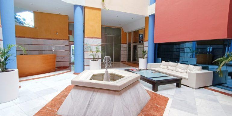 oficina-puerto-banus-norwegian-real-estates-3