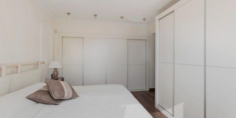 penthouse-nueva-andalucia-norwegian-estates-12