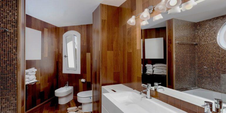 penthouse-nueva-andalucia-norwegian-estates-13