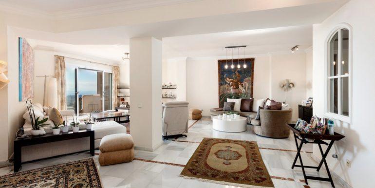 penthouse-nueva-andalucia-norwegian-estates-4