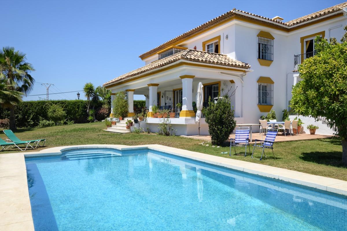 Villa familiar en Guadalmina Alta