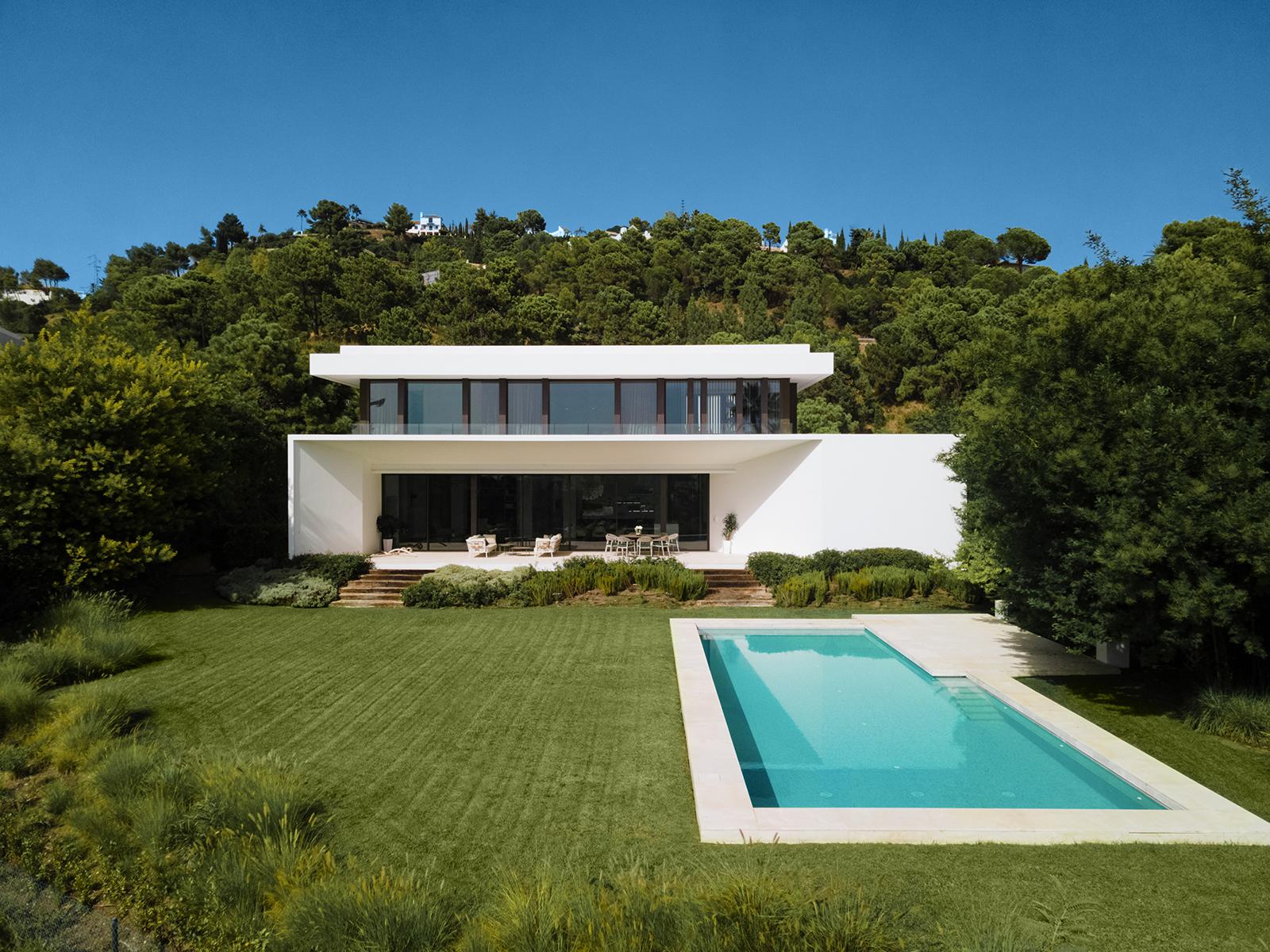 Fabulosa villa de diseño modernista en Benahavis
